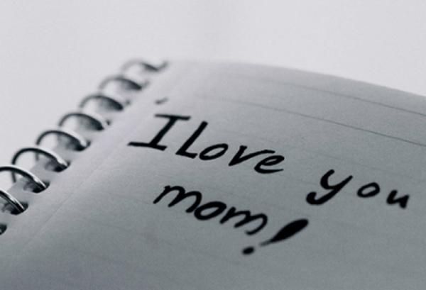 Hãy quan tâm đến Mẹ thật nhiều khi còn có thể
