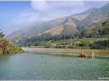 Dấu Chân Online 50: Lũng Pô - Nơi con sông Hồng chảy vào đất Việt