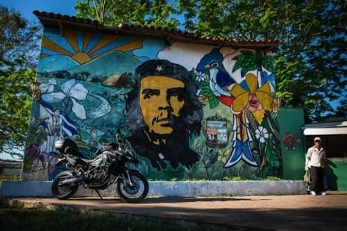 DCOL104: Cuba, nửa vòng trái đất rẽ tầng mây