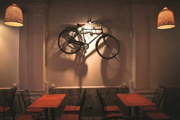 DCOL102: Vòng quanh thế giới trên xe đạp (Phần 9) - Khi mình cùng cán đích tình yêu