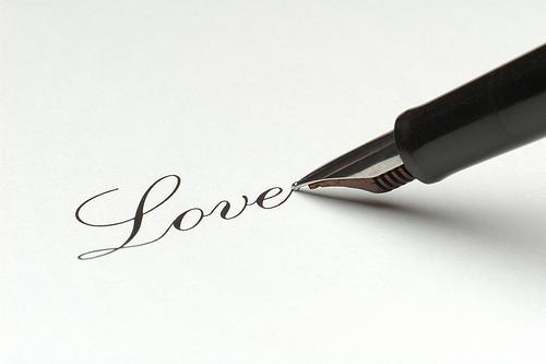 """Thông báo về sự kiện viết """"Mở lòng & Yêu đi!"""""""