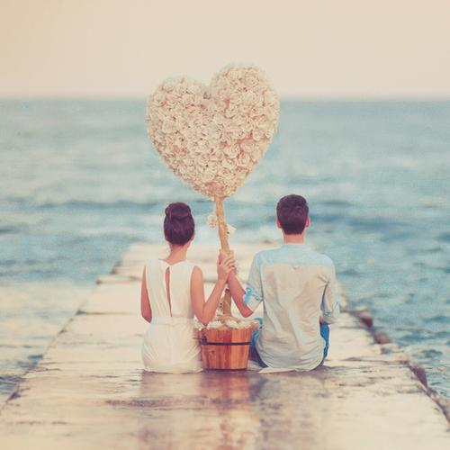 Tình yêu Nếu, Vì và Mặc Dù