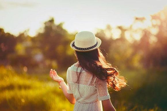 em, ngày trở gió, một mình, nhớ thương