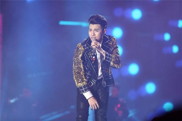 Noo Phước Thịnh khẳng định đẳng cấp với Live Concert cực hoành tráng