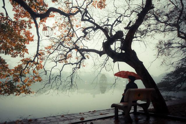 Chùm thơ: Hà Nội không em trời bỗng lạnh hơn nhiều (Đinh Tuấn Anh)