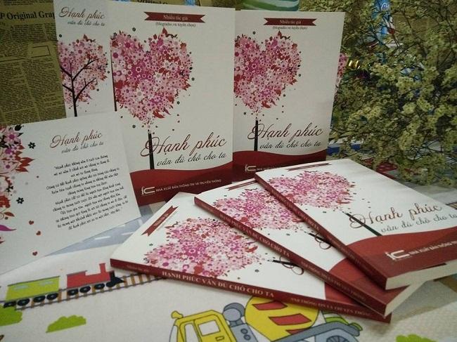 Mua sách Hạnh phúc vẫn đủ chỗ cho ta với giá ưu đãi và quà tặng kèm hấp dẫn