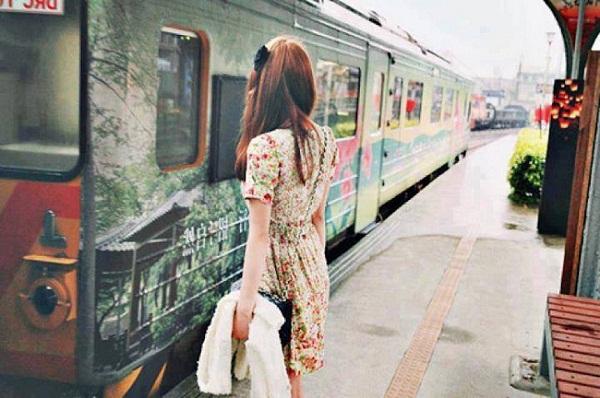 https://media.blogradio.vn/Upload/CMS/Nam_2016/Thang_5/Ngay_6/Images/thanh-pho-buon-khi-thanh-pho-vang-anh.jpg