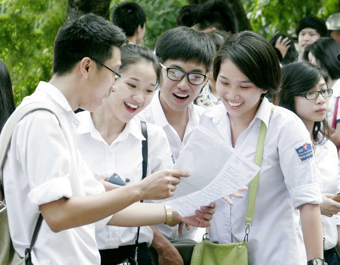 Công bố phương án thi THPT và xét tuyển ĐH – CĐ trắc nghiệm môn Toán – Học sinh lo lắng?