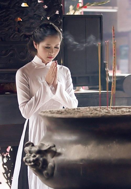Chùm thơ: Say giữa trời xuân (Nguyễn Thành Giang)