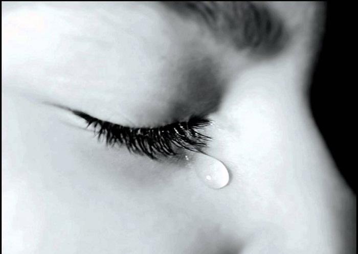 Nếu mệt rồi thì cứ khóc đi