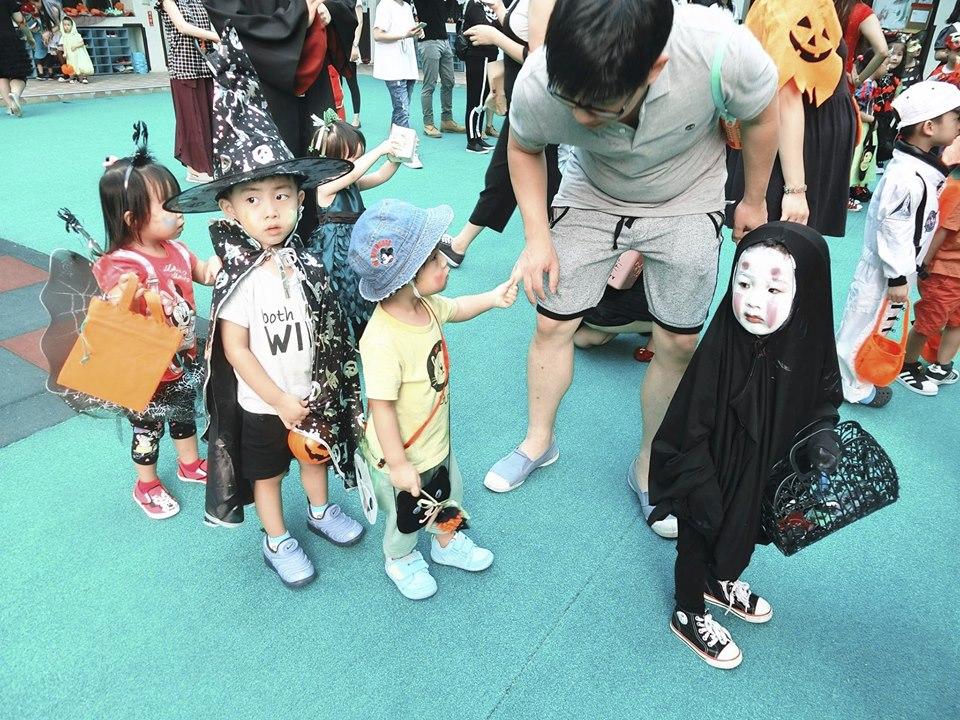 Cô bé Vô Diện tái xuất dịp Halloween với màn hóa trang thần thánh cực đáng yêu
