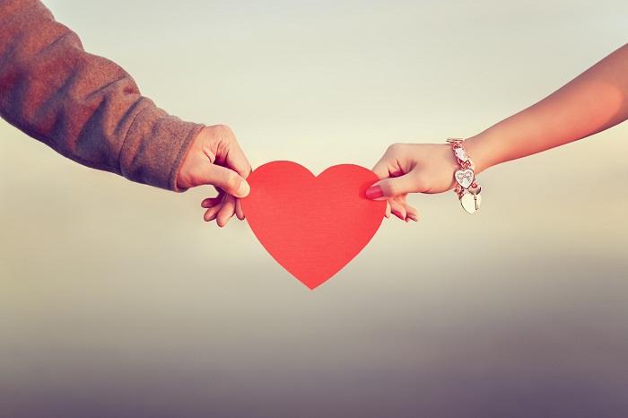 Anh sẽ giữ yêu thương lại trong tim