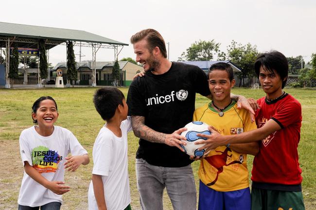 David Beckham lợi dụng từ thiện để đánh bóng tên tuổi