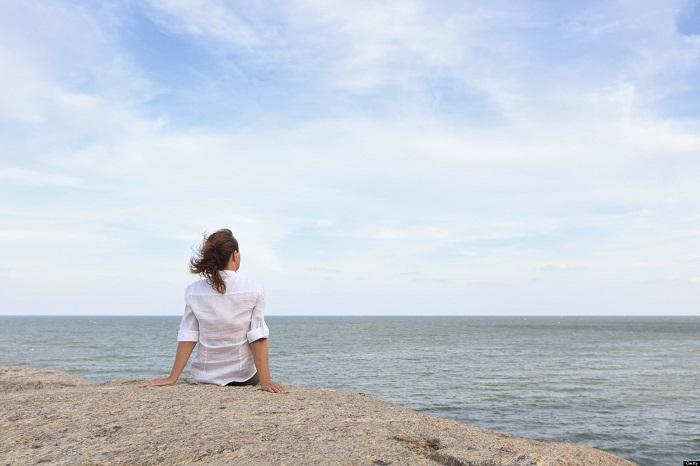Thơ Radio: Đừng tự trói mình vào nỗi cô đơn