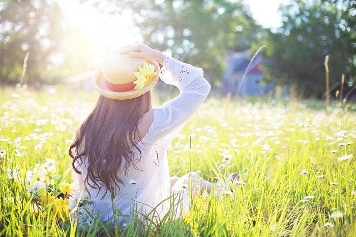 Hạnh phúc là gì, mà ta cứ mải miết đi tìm?