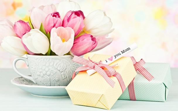 Quà tặng mẹ