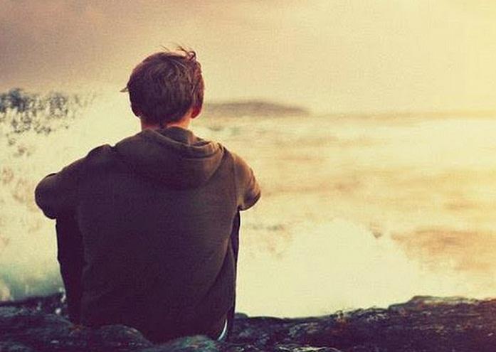 Biển khát gió anh thổn thức khát em