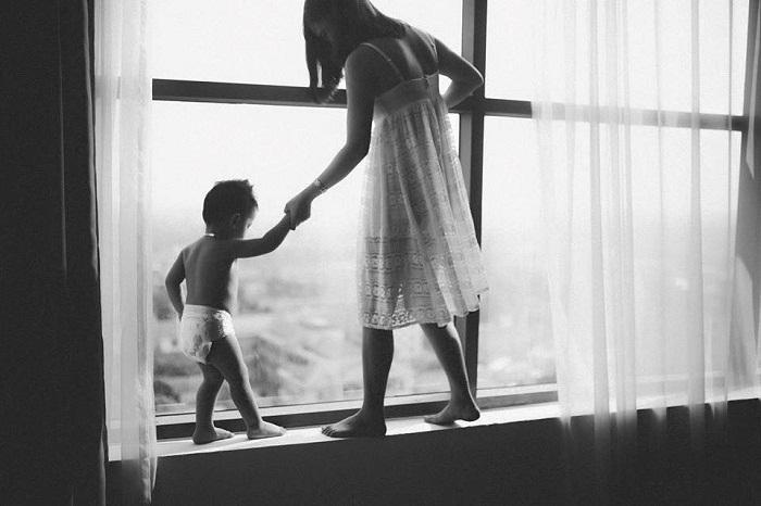 Bà mẹ đơn thân dạy con gái về tình yêu