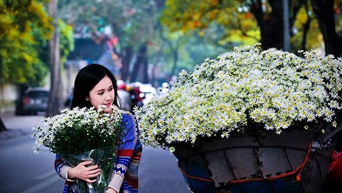 Yêu em, cũng vì vậy mà yêu Hà Nội