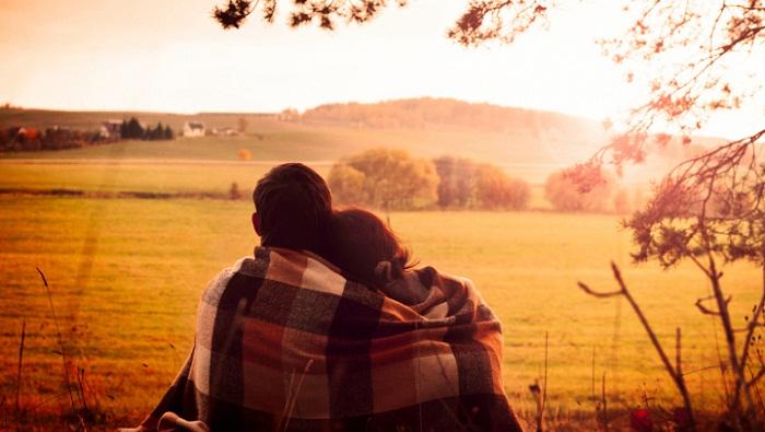 Yêu nhau lâu thì có chán không?