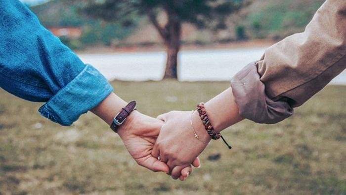 Cứ yêu nhau mãi như thế này anh nhé