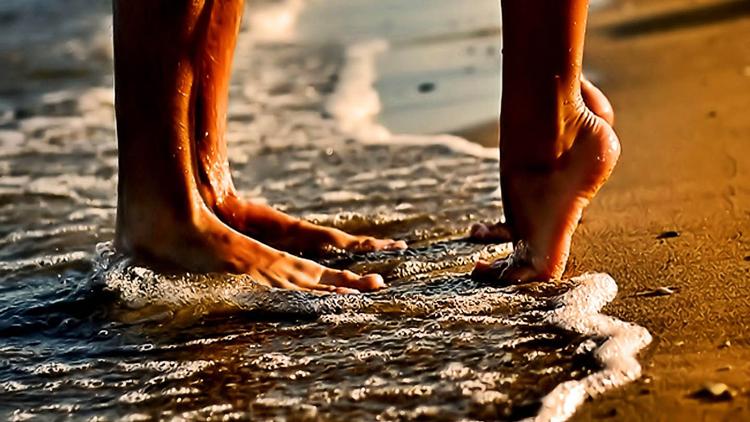 Nhớ những chiều bên biển và em