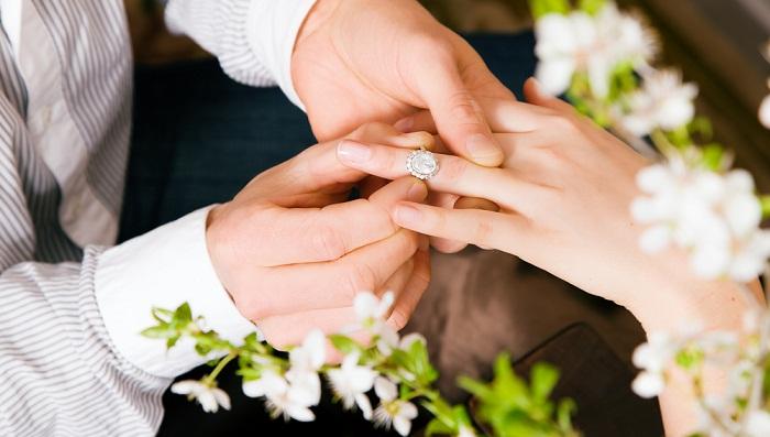 Vợ đẹp hay vợ giỏi, đâu mới là tiêu chuẩn chọn vợ của 12 cung hoàng đạo nam?